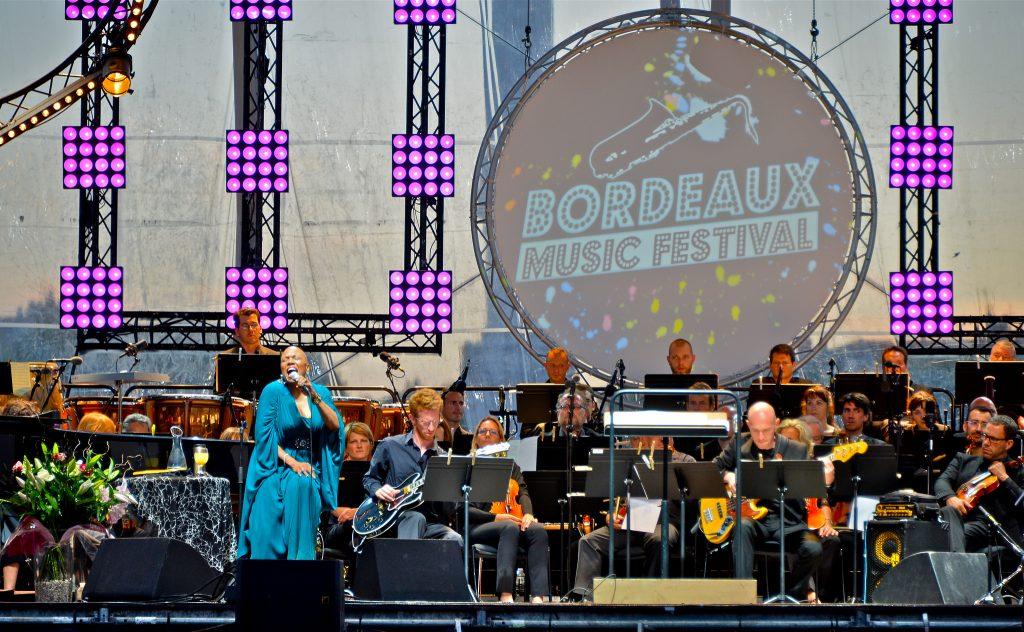 Concert Dee Dee Bridgewater place des Quinconces