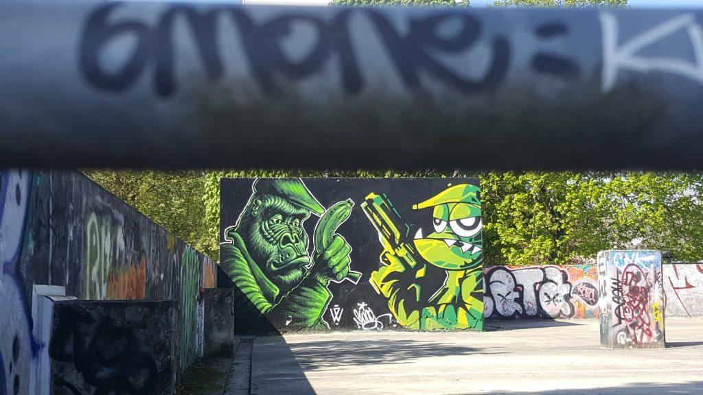 parking colombier street art