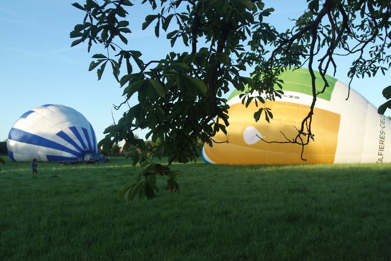 Préparation montgolfière Annonay Ardèche